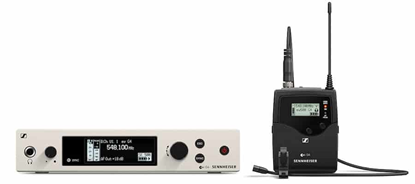 How does a wireless microphone work